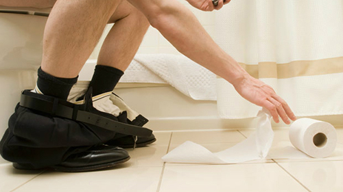 Nguyên nhân đi cầu ra máu và cách phòng tránh hiệu quả