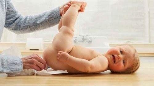 Trẻ hai tháng tuổi bị rò hậu môn nên làm gì để chữa trị