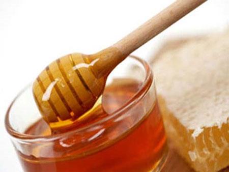 trị táo bón bằng mật ong
