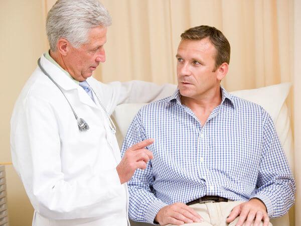 thăm khám bác sĩ chuyên khoa sớm khi đại tiện nhiều lần trong ngày