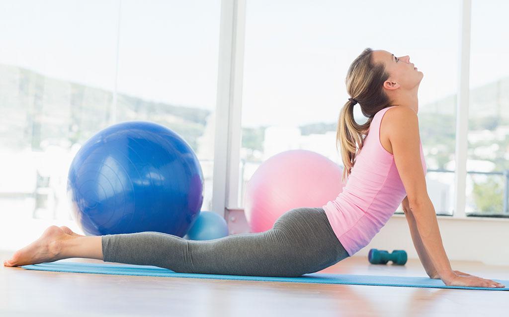 tập thể dục trị táo bón sau sinh